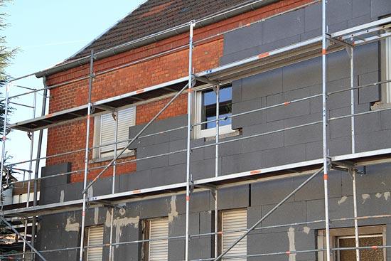 Fassadendämmung in Bonn anbringen lassen